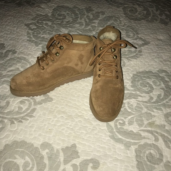"""❗️SALE❗ ⭐️Ugg""""Bethany""""Lacey Chukka Boot,Size-6.5⭐️"""